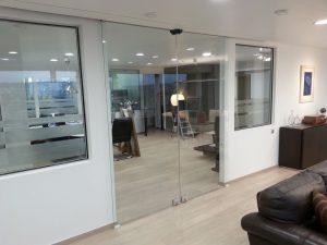 αυτόματες συρόμενες πόρτες glass inox