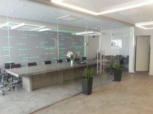 εσωτερικά κρυστάλλινα χωρίσματα glass inox