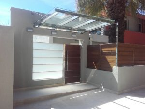 πόρτες κεντρικής εισόδου glass inox