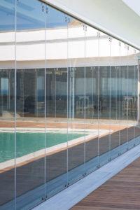 κατασκευή από γυαλί κατασκευή από inox glass inox cavo paradiso